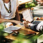 仕事で初対面の人とうちとけるためのコミュニケーションのコツについて